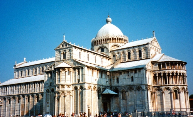 Square of Miracles, Pisa